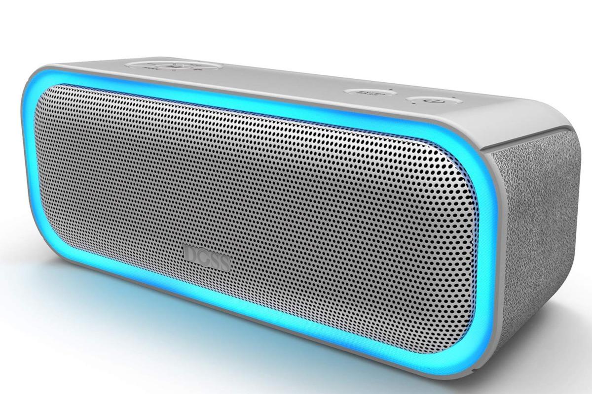 Advantages Of Using Bluetooth Speakers Poetandgeek