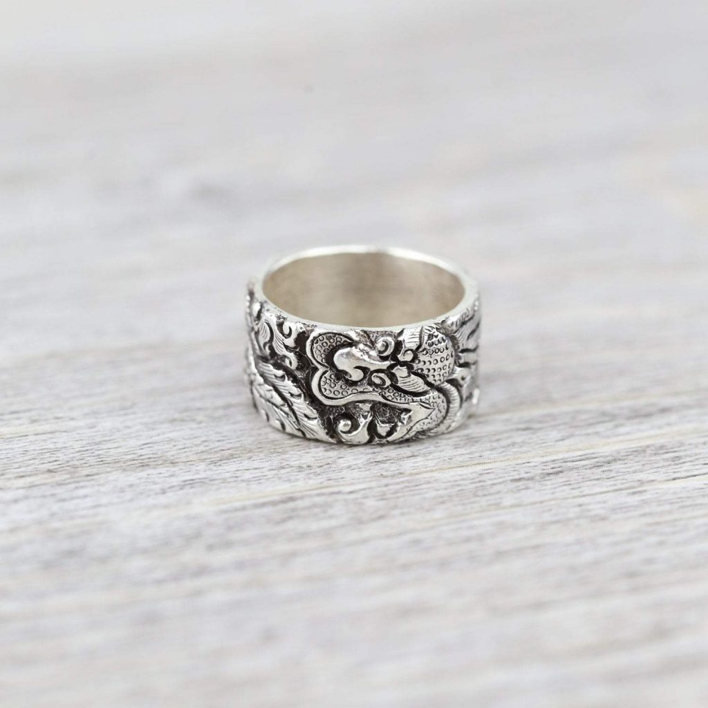 the Ring Full of a Positive Vibe